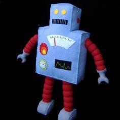 Retro felt robot - pattern found on etsy.com