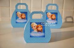 Embalagem em formato de bolsinha para botar balas ou bombons, festa Frozen