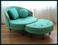 this is just beyond fabulous! Vintage Mid-Century Aqua Chaise