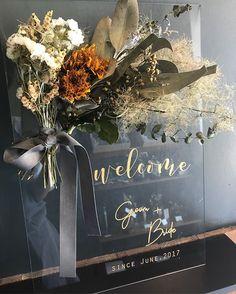Dried Flower Bouquet, Dried Flowers, Flower Bouquets, Wedding Images, Wedding Designs, Wedding Goals, Wedding Planning, Wedding Welcome Board, Floral Wedding