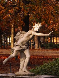 Tuileries Garden, Paris - Hippomenses tossing the Golden Apples in a cunning ploy to win the foot race with Atalanta