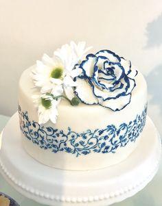 Chinese print hand painted cake