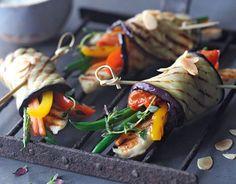Grilled summer vegetable bundles