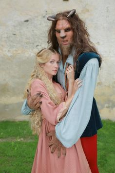 """Piękna i bestia"" (2012) = ""Beauty and the Beast"" (2012) = ""Die Schöne und das Biest"" (2012)"