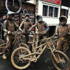 @vinknico - Repost from @shaperideshoot Had fun riding the mud with these guys. @bikeonscott @hopetech @bikeparkchatel @looseriders @ohlinsmtb @reversecomponents @schwalbetires @bellbikehelmets @extremeofficial #blackanddecker #Regrann #sexy #hot...