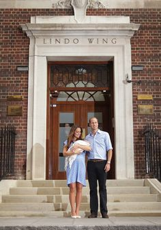 Prince William, Duke of Cambridge and Catherine, Duchess of Cambridge hold their newborn son outside The Lindo Wing at St Mary's Hospital on July 23, 2013 in London, England.