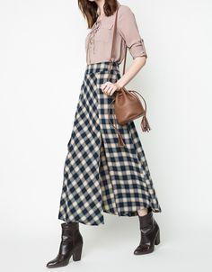 High Waist Plaid Skirt - Navy / Beige