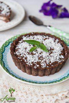 tarte cu cocos, tarte raw Vegetarian Desserts, Raw Desserts, Raw Vegan, Coco, Cheesecake, Deserts, Veggies, Sweets, Cooking