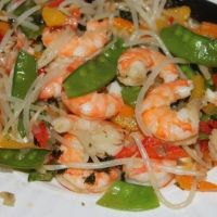 This is a nice simple dish that can be easily used with your favourite veggies. This could be served over rice but it is nice and fresh tasting on it's own. Stir Fry Dishes, Stir Fry Recipes, Main Dishes, Cooking Recipes, Healthy Recipes For Weight Loss, Healthy Foods To Eat, Healthy Eating, Skillet Meals, Skillet Recipes