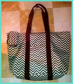 This bag is one tough cookie! I was given the pleasureof reviewing the Day Tripper bag in the color Chocolate mint and Tune Keeper in color Chocolate Mint. I was in love with this bag from the time I opened the package!