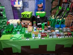 Minecraft Party Snack table
