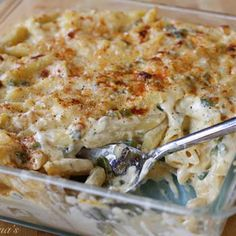 low carb jalapeño popper mac Changes for a more low fat recipe; Use protein pasta, 1/2 the amount of cream cheese and replace that with 1/3 less fat cream cheese. 1/2 the amount of cheese using low fat, no heavy cream, use unsweetened almond mild. NO olive oil needed.  It's crazy how you can look at a recipe and just make it taste wonderful but still be a healthy option to serve.