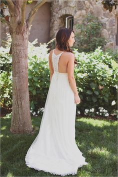 boho chic wedding dress with amazing back detail  by http://www.etsy.com/shop/ktjean   photo by http://jackiewondersblog.com/