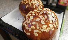 Babiččin mazanec   jitulciny-recepty.cz Hamburger, Muffin, Bread, Breakfast, Food, Morning Coffee, Brot, Essen, Muffins