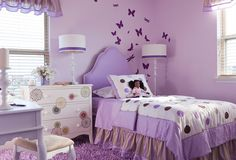 There are some great butterfly wall decor ideas at this site...this is my favorite!