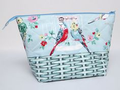 Medium Zipped Pouch for Crafting Projects: This zipped pouch/bag has been made using Cath Kidston fabrics and is perfect for your knitting, crochet, hand sewing or other crafting projects. For the non-crafters out there, it could also be used to store toiletries and/or make-up.