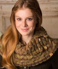 Ups-and-Down Cowl Free Knitting Pattern in Red Heart Yarns