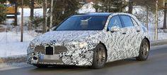 Mercedes-Benz Erlkönig erwischt: A-Klasse mit weniger Tarnung: Mercedes-Benz Erlkönig erwischt: A-Klasse mit weniger Tarnung - Sternstunde - Mercedes-Fans - Das Magazin für Mercedes-Benz-Enthusiasten