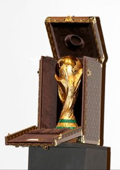 FIFA World Cup trophy every footballers dreams to touch it. Brazil World Cup, World Cup Russia 2018, World Cup 2014, Fifa World Cup, Soccer Fifa, Football Soccer, Wold Cup, Lionel Messi, World Cup Trophy