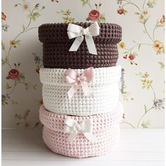 crochet baskets with lids