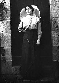 elegante en tenue du dimanche, vers 1914 Femmes 1900