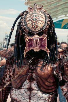 "The previous pinner said: ""El mejor #cosplay de Depredador que he visto en años San Diego Comic-Con 2012""    Which I'm going to presume is the place this awesome predator was seen."