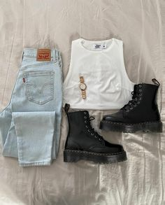 Cute Comfy Outfits, Edgy Outfits, Fashion Outfits, Mode Vintage, Mode Style, Types Of Fashion Styles, Aesthetic Clothes, Spring Outfits, Trends