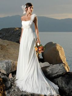 2013 Distinct A-line Single Straped Appliques Decorated Chapel Train Empire Waist Wedding Dress