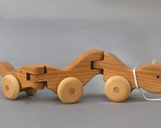 Wiggle Worm Pull Toy Wooden Toys Wooden Animal on Wheels Boys Girls Kids Baby Shower Gift Wood Toy for Teathing Waldorf Montessori Wood Toy - Spielzeug Ideen Wooden Projects, Wooden Crafts, Wooden Diy, Woodworking For Kids, Woodworking Toys, Wood Toys Plans, Push Toys, Toys For Girls, Kids Girls