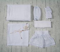 Baptism in elegance White Shorts, Collection, Lace, Women, Fashion, Moda, Fashion Styles, Racing, Fashion Illustrations