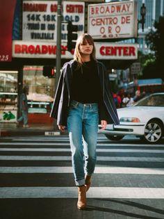levis 501 + top NY TheJetBlackStare