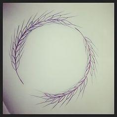 Ainda melhor, um trigo desenhado em um círculo perfeito. | 17 tatuagens de bom gosto e impactantes para virginianos