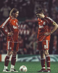 """""""Fernando Torres: """"Steven Gerrard is the best player I have played with throughout my career. Liverpool Fc, Liverpool Football Club, Steven Gerrard Liverpool, Hot Football Fans, Football Players, College Football, Spanish Soccer Players, Liverpool Wallpapers, France Football"""