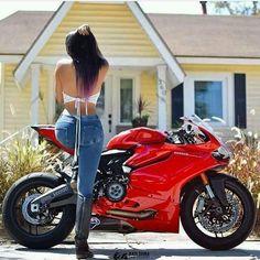 Shiny Ducati