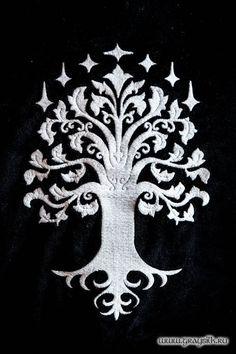 """Белое древо. Машинная вышивка от ателье """"Серый шёлк"""""""