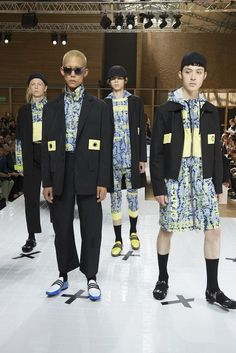 Kenzo Spring/Summer 2017 Menswear Fashion Show @Paris Fashion Week