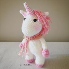 Another super cute design from @kornflake_stew Lots of fun and really quick to make  #crochet #crochetunicorn #unicorn #amigurumi #handmade #madebyme #itsawittthing by rebekahlaw
