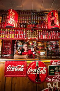 Browse South Africa's Biggest Collector of Coca-Cola Memorabilia latest photos. View images and find out more about South Africa's Biggest Collector of Coca-Cola Memorabilia at Getty Images. Propaganda Coca Cola, Coca Cola Poster, Coca Cola Life, World Of Coca Cola, Coca Cola Bottles, Pepsi Cola, Coca Cola Wallpaper, Coca Cola History, Sodas
