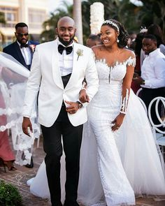 Our hearts are bursting with so much joy today and you know why, this outdoor white wedding ceremony between Amanda and Sydney is the reason. Amazing Wedding Dress, Dream Wedding Dresses, Bridal Dresses, Bridesmaid Dresses, Latest Wedding Gowns, Wedding Suits, Wedding Attire, African Wedding Dress, Black Bride