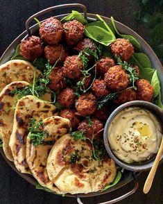 Veggie Recipes, Vegetarian Recipes, Cooking Recipes, Vegan Halloumi, Yummy Eats, Yummy Food, Middle East Food, Summer Recipes, Food Inspiration