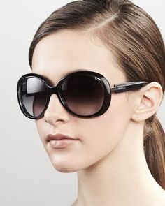 c3614bafd22 Gucci round frame sunglasses. These are fabulous