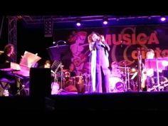 """""""Da Lontano"""", una delle due canzoni che Antonella ha presentato a Sanremo 2014, nella versione arrangiata dalla GianPaolo Petrini Big Band per la serata Le Baladin.  Piozzo - 27 luglio 2014  @Ant_Ruggiero #GianPaoloPetriniBigBand #LeBaladin #DaLontano"""