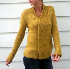 Ravelry: Olive Basket pattern by Amy Miller ....love the moss stitch borders