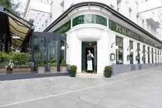 Et annet bra restaurant, med ikke bare schnitzel. Cafe Restaurant, Boiled Beef, Wiener Schnitzel, Maker, Old Wood, Hotels, Wood Paneling, Vienna, Austria