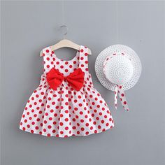 Baby/ Toddler Girl's Polka Dots Sundress and Straw Hat Baby Girl Frocks, Frocks For Girls, Baby Girl Dresses, Baby Dress, Toddler Girl Style, Toddler Dress, Toddler Outfits, Kids Outfits, Girls Frock Design