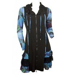Robe manches longues noire et imprimés bleus