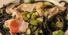 black spaghetti w/ green asparagus, lemon & pancetta - Daniel Grothues