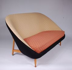 Theo Ruth; Birch Sofa for Artifort, 1950s.