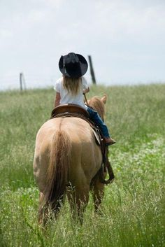 Pull on your cowgirl jeans, pull on your cowgirl boots. Grab your cowboy hat. And saddle up your painted pony. Time to ride. Cowgirl up! Little Cowgirl, Cowboy And Cowgirl, Cowboy Pics, Cowgirl Style, Into The West, Cow Girl, Ranch Life, The Farm, Horse Love