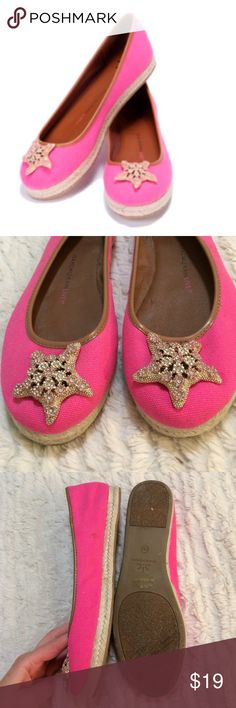 Isaac Mizrahi live pink espadrille starfish flat Issac Mizrahi live brand shoes. This is his higher end QVC line not target. These are espadrille flats with a pretty starfish ornament at the toe. Available from QVC for $60 retail. Worn a few time but too big for me. See pictures for blemishes. Size 8.5. The insides have been cleaned and sanitized! Isaac Mizrahi Shoes Flats & Loafers